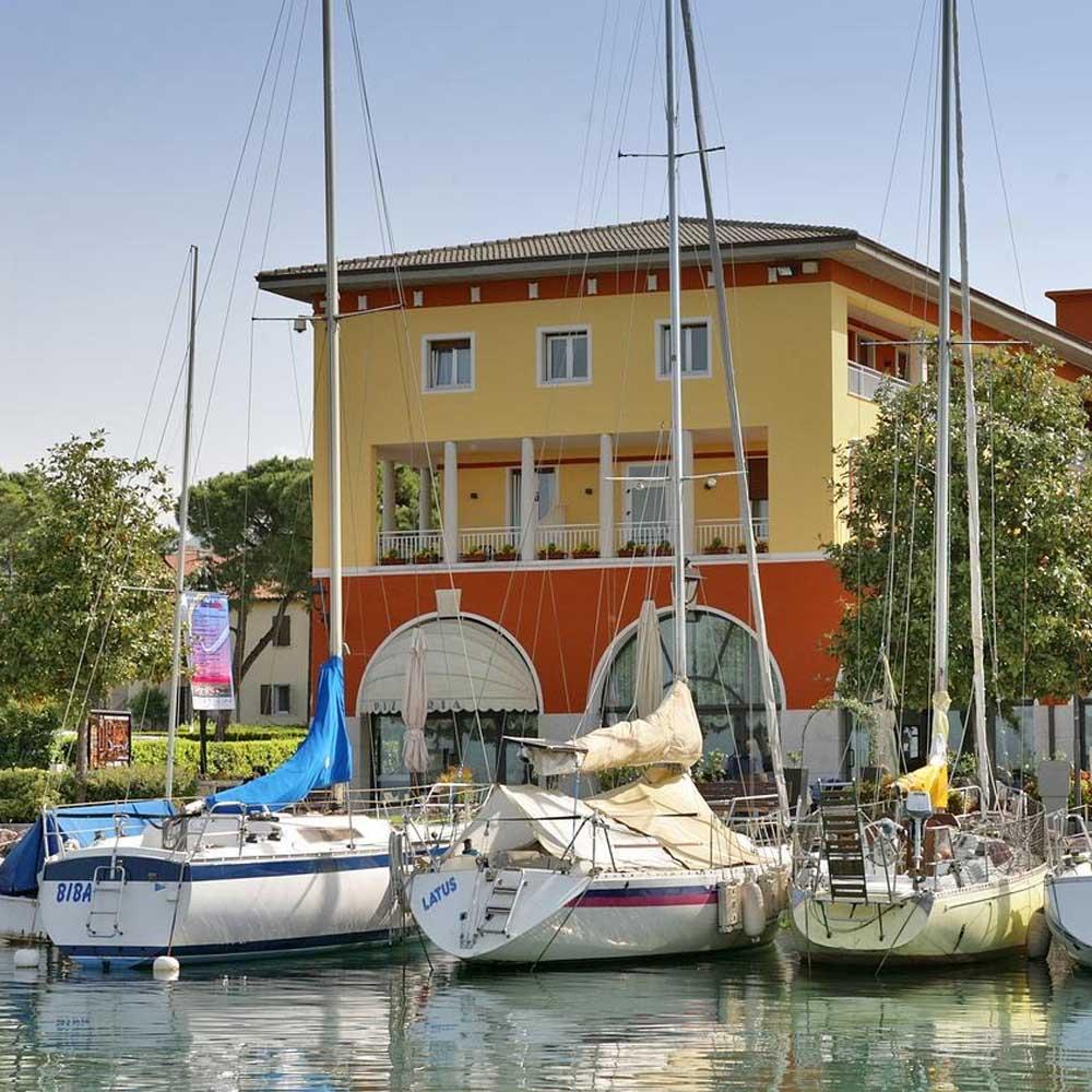 Tours - Bardolino (photo 4)