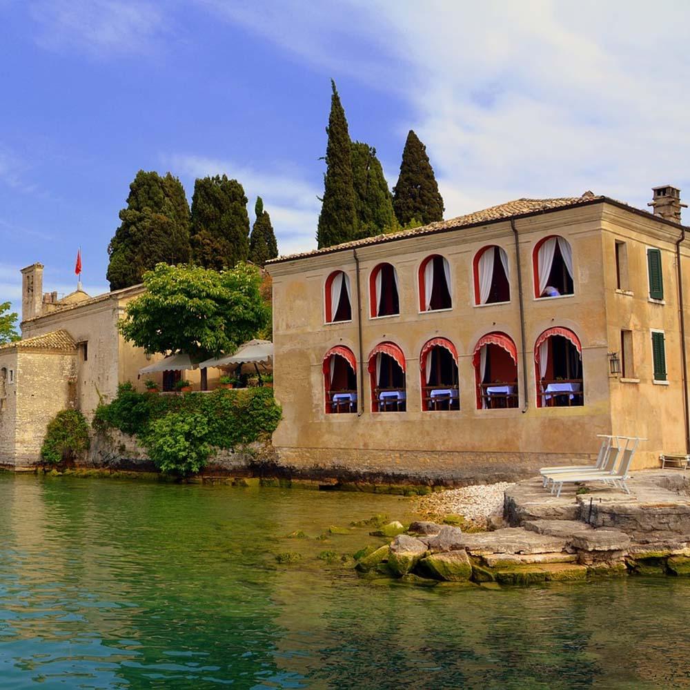 Tours - Excursion on Island Lake Garda (photo 1)