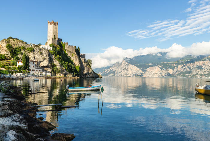 Tours - Mini cruise on Lake Garda with a tasting on board of a yacht (preview)