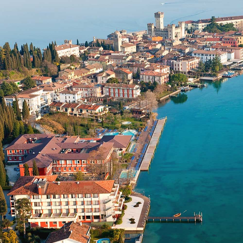 Tours - Wine tasting in Sirmione (photo 2)