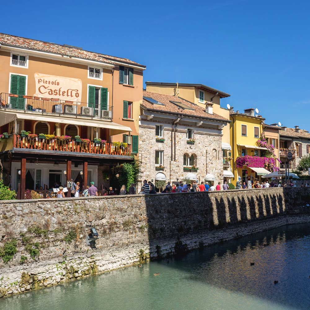 Tours - Sirmione - The pearl of the lake (photo 3)