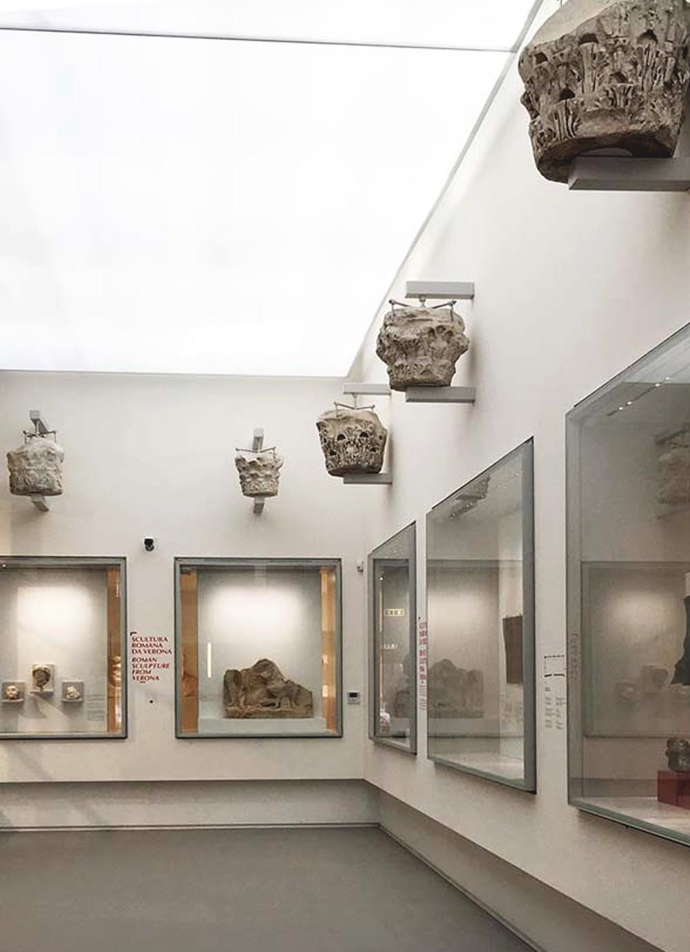 Tours - The Roman Theater and the Archaeological Museum (photo 5)